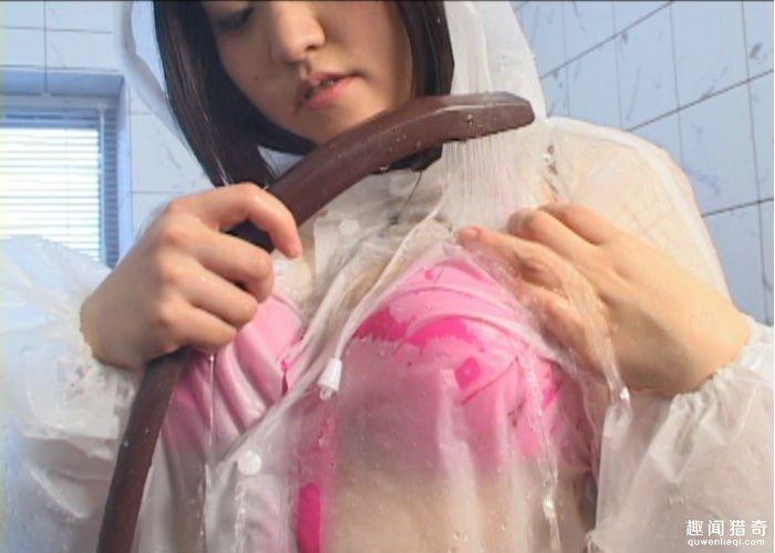濕濕噠黏黏噠雨衣脫不下來,日本最獵奇AV挑戰男人變態極限!